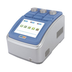 Triple Gradient Block Thermal Cycler Labo400THC